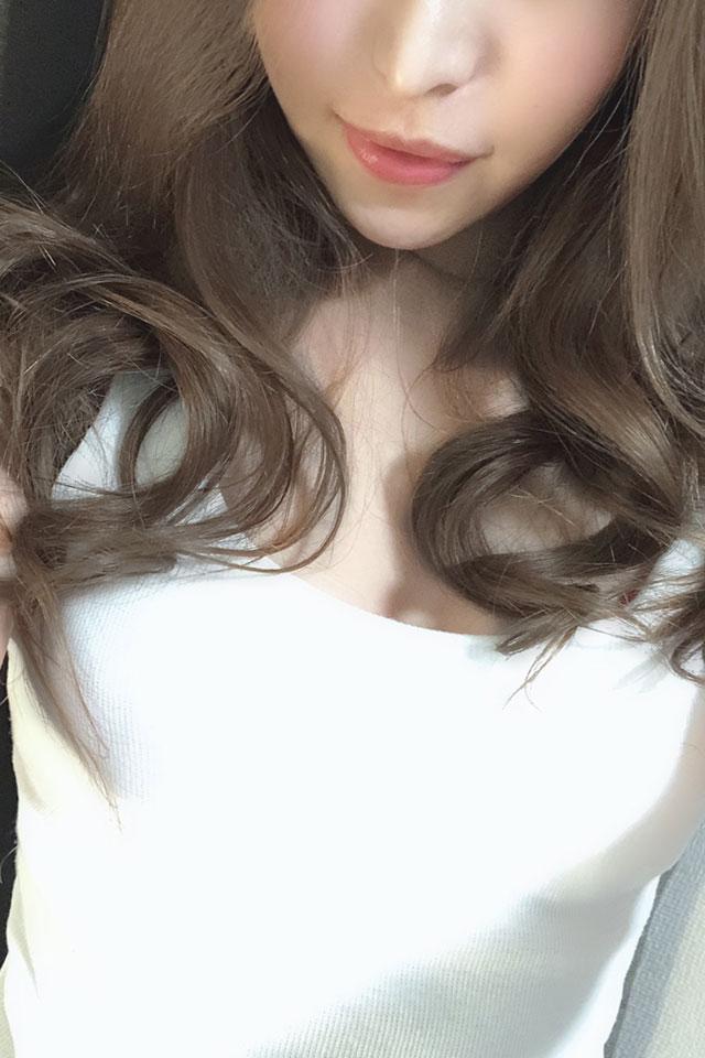 花咲えりか(21歳)